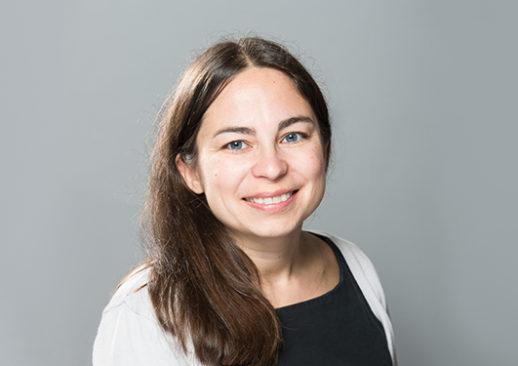Clémence Chatelus, documentaliste au Centre d'Etudes et de Recherches du Groupe Monassier