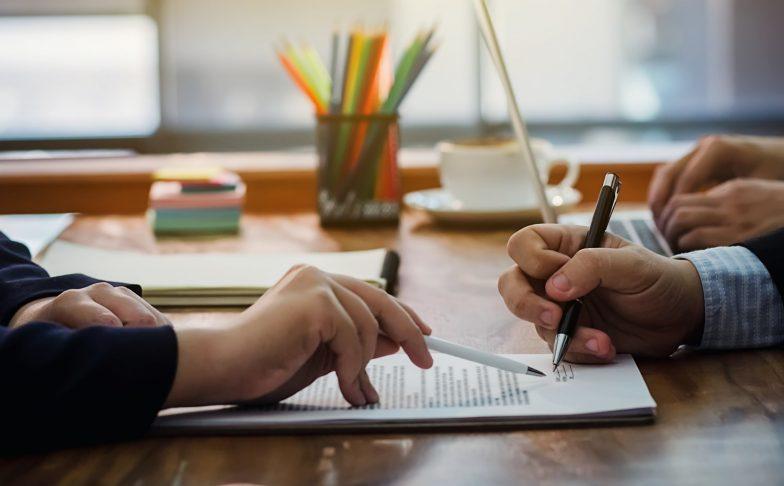 illustration signature contrat de mariage